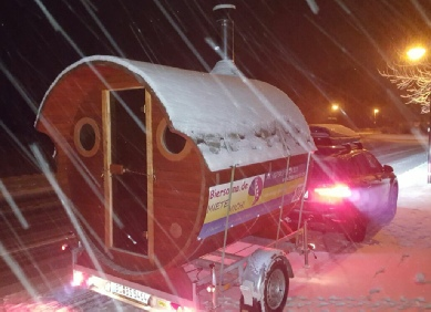 Mobile Sauna im Winter
